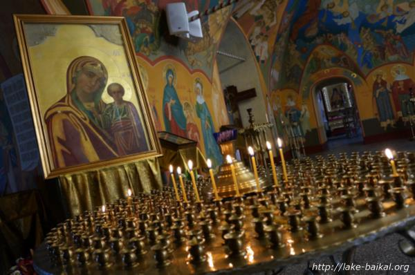 バガヤヴレーンスキー聖堂蝋燭台画像