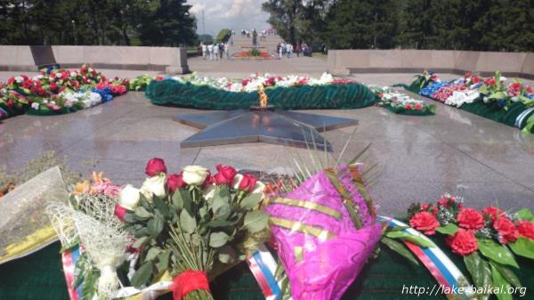 イルクーツク「永遠の火」画像