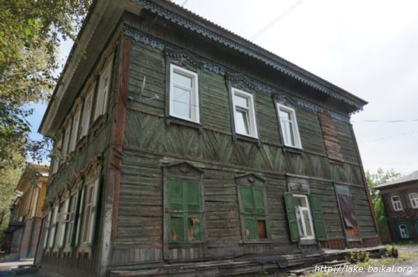 イルクーツク古いシベリアスタイルの木造建築画像